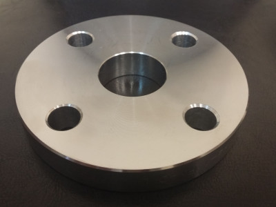 Steel flat flanges